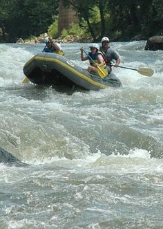 New River Gorge National River - whitewater rafting is AMAZING here New River Gorge, Sea To Shining Sea, Whitewater Rafting, Park Service, Perfect Place, Preserve, Good Times, Places Ive Been, Repeat