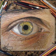 """O olho humano é uma das coisas mais belas que existem. Lembra-se, por exemplo, do lindo trabalho""""Seus Belos Olhos"""", do fotógrafoSuren Manvelyan? Os belos detalhes presentes nos olhos são difíceis de serem representados no papel. Mas é isso que o ilustrador Jose Vergarafaz com perfeição, utilizando lápis de cor e canetas. Confira abaixo os olhos …"""
