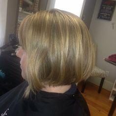A bob with a bit of inverted front! Chin Length Cuts, Bob, Long Hair Styles, Beauty, Bob Cuts, Long Hairstyle, Long Haircuts, Long Hair Cuts, Beauty Illustration