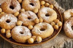 Un grand classique du temps des Fêtes : Le beigne aux patates - Desserts - De délicieux desserts simples à réaliser - Ma Fourchette - Délicieuses recettes de cuisine, astuces culinaires et plus encore!