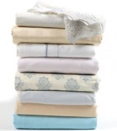 What to do with bed sheets when it's time to replace them? Reuse them, of course! No need to trash them when they can continue enjoy a useful...