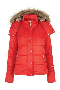 Ski Fashion – Best Womens Ski Wear & Accessories (Vogue.com UK)