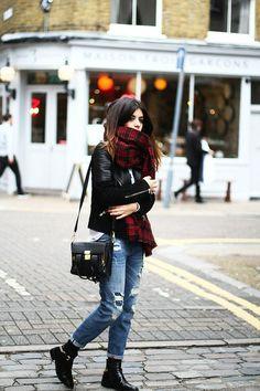 the-streetstyle:  SHOREDITCH LONDONviadulceida