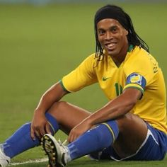 Ronaldinho  Brazil national football team soccer a beautiful game brasilcopamundotowel.com