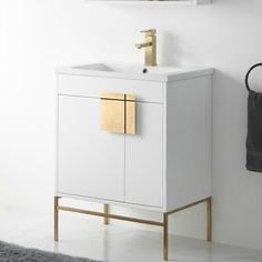 This board is an accumulation my favourite modern bathrooms that I find inspiring and capture the look I make an effort to emulate within my work. Gold Bathroom, Single Bathroom Vanity, Master Bathroom, Bathroom Vanities, Bathroom Trends, Bathroom Renovations, Bathroom Ideas, Vanity Set, Mini Bad