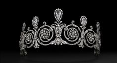 Platinum and diamond tiara worn by Mrs. Townsend. Cartier Paris, special order, 1905. Provenance: Mary Scott Townsend and Mrs. Donald McElroy. Cartier Collection. Photo: Vincent Wulveryck, Cartier Collection © Cartier.