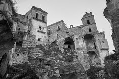 Craco Ghost Town, Italy - shared with pixbuf.com #italy #travel #bw #blackandwhite #ghosttown