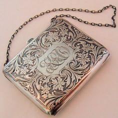 Antique Art Nouveau Sterling Silver Purse R. Blackington Co. Art Nouveau, Art Deco, Vintage Purses, Vintage Bags, Vintage Handbags, Unique Handbags, Beaded Purses, Beaded Bags, Vintage Silver