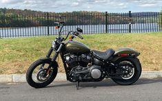 Download wallpapers Harley-Davidson, luxury green motorcycle, cool bike, American motorcycles