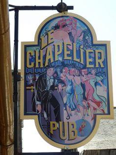 Le Chapelier. Bar, Pub, and Cocktail Bar. 16 rue du Chapelier, 22300 Lannion, France.