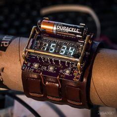 Самодельные наручные часы в стиле киберпанк (5 фото)