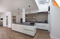 New Kitchen, Kitchen Island, Kitchen Cabinets, New Homes, Home And Garden, Interior Design, House, Inspiration, Home Decor