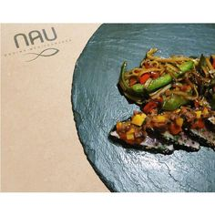 Tataki de atún con vinagreta exotica. Para probar y aprobar. #Tataki #atun #playadelcarmen #NAU #food #tripadvisor by nauplaya