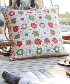 Linen Granny Square Pillows, S9027C - Free Pattern