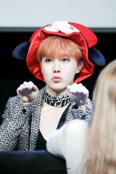 jhope jung hoseok bts bagtan boys blood sweat and tears cute