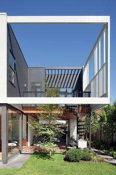 Casa Escalonada / Bower Architecture