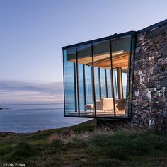 Seascape Retreat by Patterson Associates Architects Banks Peninsula Simon Devitt via the Best - Architecture and Home Decor - Bedroom - Bathroom - Kitchen And Living Room Interior Design Decorating Ideas - Exterior Design, Interior And Exterior, Villa, Home Decor Bedroom, Luxury Real Estate, Nice View, Interior Design Living Room, Room Interior, Land Scape
