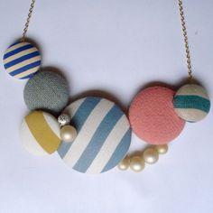 Button Necklace... use vintage linens