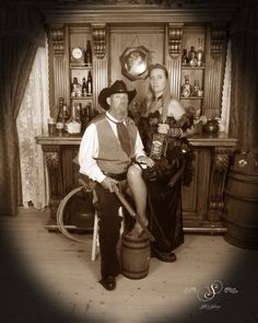 Photos are serious business! Couple goals at Silk's Saloon Olde Tyme Photos in Glenwood Springs, CO at Glenwood Caverns Adventure Park! Old Time Photos, Saloon Girls, Charro, Serious Business, Antique Photos, Vintage Fashion, Vintage Style, Couple Goals, Fashion Photo