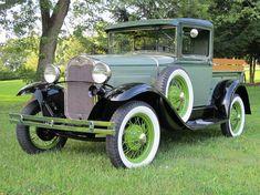 » 1930 Ford Pickup / Creative Rod and Kustom