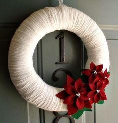 DIY Christmas Wreath Ideas - White Yarn with Flowers Holiday Wreath - Click Pick for 24 DIY Christmas Decor Ideas