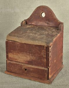 "Pennsylvania painted pine hanging salt box, early 19th c., 13"" h., 9 1/4"" w. Pook & Pook"