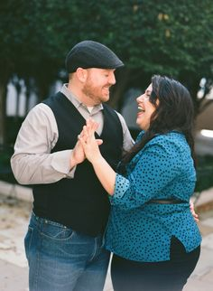 #plussize #curvybrides {Real Curvy Engagement} Nashville Sassy Meets Sweet Engagement Session | Emily Katharine Photography | http://prettypearbride.com/real-curvy-engagement-nashville-sassy-meets-sweet-engagement-session-emily-katharine-photography/ | Submit yours: http://www.prettypearbride.com/submissions
