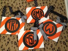 Easy DIY monogram canvas for Halloween - or do it in other colors for another season!  #monogram #preppy #canvas #diy #tutorial #stripes #dots #prep
