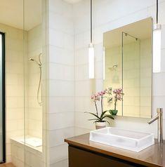 Smart lighting enlivens the bathroom