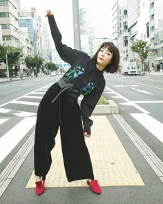 Tokyo Fashion, 80s Fashion, Asian Fashion, Fashion Addict, Vintage Fashion, Tumbrl Girls, Asian Street Style, Fashion Joggers, Japanese Models