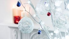 Decorate the Christmas tree with these DIY baubles using leftover string or twine. Christmas Tree Baubles, Christmas 2016, Simple Christmas, Handmade Christmas, Christmas Crafts For Adults, Homemade Christmas Decorations, Christmas Brownies, 242, Easy Diy Crafts