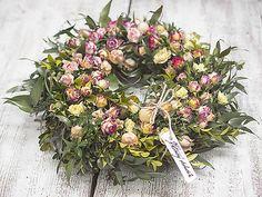 Roses wreath, natur decor, dry flowers KvetinovyObchodik / Veniec Predzáhradka plná ruží Floral Wreath, Wreaths, Home Decor, Floral Crown, Decoration Home, Door Wreaths, Room Decor, Deco Mesh Wreaths, Home Interior Design