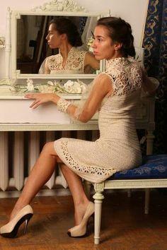 Chorrilho de ideias: Elegante vestido creme  em crochet