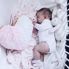 Cutie @inqritt ❌DOWNLOAD OUR KIDSAPP Click link in bio now ↑↑↑ ◌ ◌ ◌ ◌ ◌ #momblogger #momblog #baby #infant #beautiful #babiesofinstagram #beautifulbaby #instagram_kids #igbaby #cutebaby #babystyle #babyfashion #igbabies #kidsfashion #cutekidsclub #ig_kids #babies #child#babymodel #children #instakids #fashionkids #repost#love#babyboy #kidsfashionforall#cuteangels