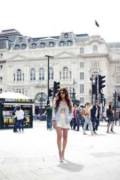 London-look: Nudes  Light-Denim   Negin Mirsalehi