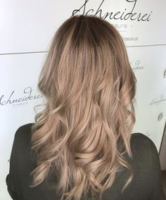 Perfect curls with a shine blonde hair color Blonde Curls, Perfect Curls, Hair Color, Long Hair Styles, Beauty, Shaving Machine, Barbershop, Hairdressers, Hair Color Blondes