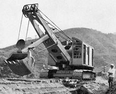 1949 - The Hitachi U05, the first cable operated power shovel made from entirely Japanese technology.