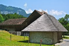 Fribourg farmhouse with shingle roof