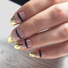 Homecoming nails are not something you can neglect. They are the part of your successful look. Having a look at these ideas may help you out, we hope! Fall Nail Art Designs, Cool Nail Designs, Homecoming Nails, Prom Nails, Garra, Holiday Nails, Christmas Nails, French Nails, Cute Nails
