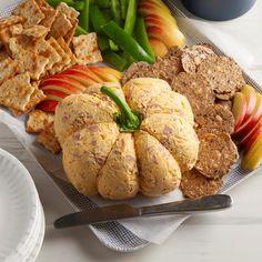 Pumpkin Cheese Ball Pumpkin Recipes, Fall Recipes, Holiday Recipes, Dip Recipes, Recipies, Twice Baked Potatoes Casserole, Potatoe Casserole Recipes, Baked Potato Recipes, Baked Brie