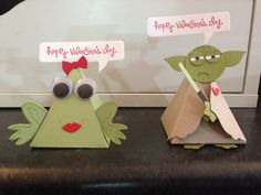Pyramid pals Valentine treats Boy Cards, Kids Cards, Playful Pals Stampin Up, Valentine Treats, Valentines, Candy Favors, Treat Holder, Craft Show Ideas, Pocket Letters