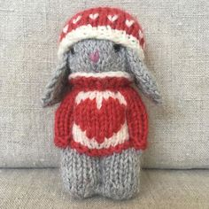 (Sorry, this Knitty Kid is Not for sale) . – Knitting patterns, knitting designs, knitting for beginners. Knitting Loom Dolls, Knitted Dolls, Crochet Dolls, Baby Knitting, Knitted Hats, Knitting Designs, Knitting Projects, Knitting Patterns, Crochet Patterns