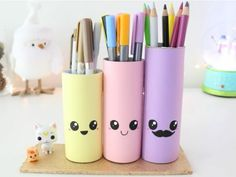 Pencil pots that give the smile Source by stevcorbin Cool Paper Crafts, Easy Diy Crafts, Creative Crafts, Kawaii Crafts, Kawaii Diy, Diy For Kids, Crafts For Kids, Diy Crayons, Pot A Crayon