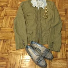 J Crew jacket Casual Jcrew khaki jacket with four front pockets with beautiful braided design, perfect for spring or autumn J. Crew Jackets & Coats Blazers