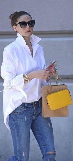 Casual look, casual outfit, jeans, white shirt - Casual Outfits fr Frauen - Outfit Jeans, White Shirt Outfits, Oversized Shirt Outfit, White Blouse Outfit, Oversized White Shirt, Mode Outfits, Casual Outfits, Fashion Outfits, Jeans Fashion