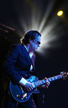 Joe Bonamassa Photo - Byron Bay Bluesfest 2010 - Day 3