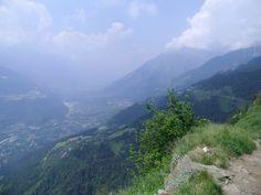 Mann kann wunderbar unsere Berge betrachten aus der Höhe
