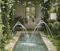 So lovey- similar to the Summer House at the Alhambra's fountains! (Spain)