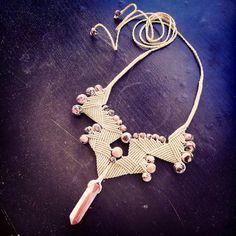 Tan Fan: Handcrafted Macrame Necklace by от MamamacrameJewellery