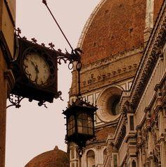 Old Clock. Basilica di Santa Maria del Fiore. Florence, Tuscany, IT